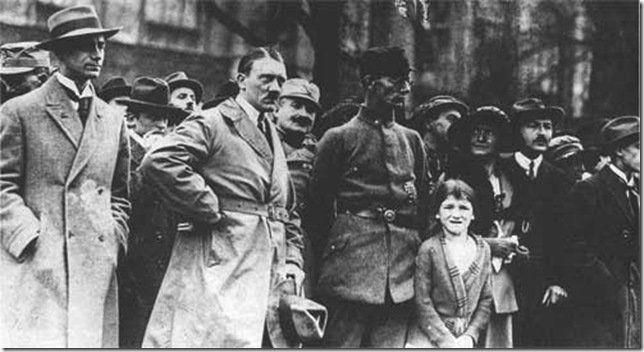 Hitler, en el putsch de Munich de 1923. En esta ocasión, la fuerza de voluntad no fue suficiente.