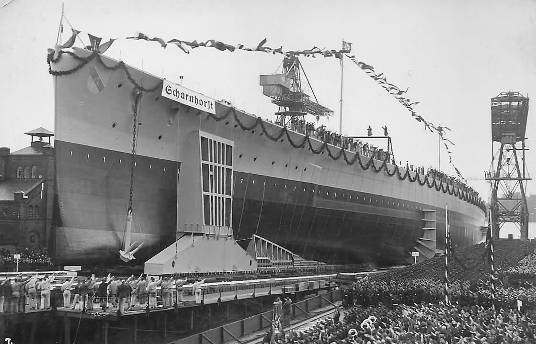 El Scharnhorst, en construcción.