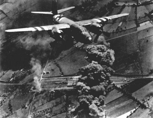 B-26 Marauder, con las bandas de invasión de Normandía, fue uno de los objetivos de las piezas del III Flak Korps.
