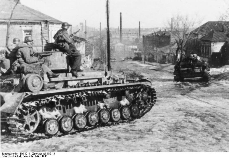 Un panzer 4 de las SS en marzo de 1943