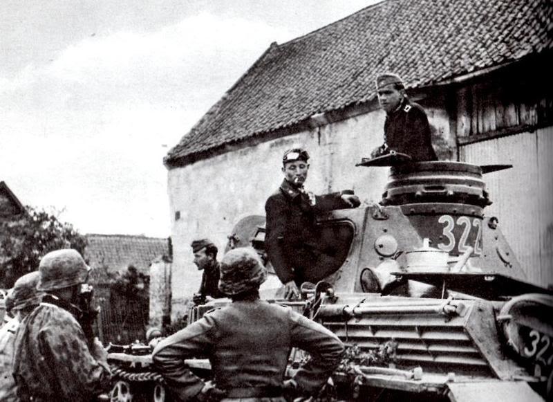Tropas alemanas preparándose para el ataque a Wormhout