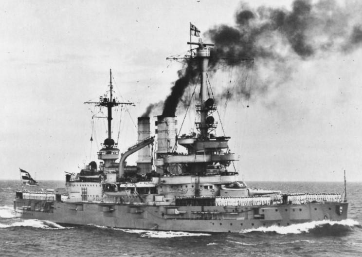 El acorazado Schleswig Holstein fue el buque más importante que participó en esta campaña.