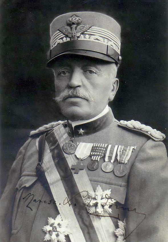 General conde Luigi Cadorna, organizador de las tropas italianas y gestor de las batallas de Isonzo, fue incapaz de aceptar crítica alguna y un terrible disciplinario, que llevó a más de un 15% de sus hombres a ser juzgados en consejos de guerra (4028 serían condenados a muerte).